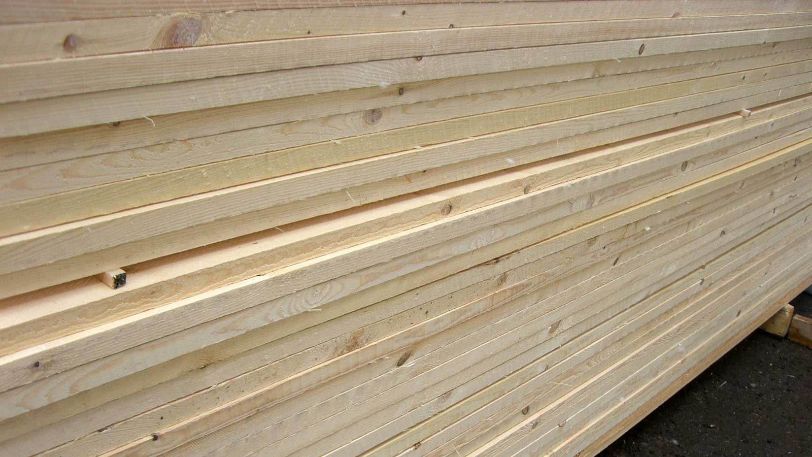 2-sawn-timber-blanks-nothern-europe-timber-production-lameko-impex