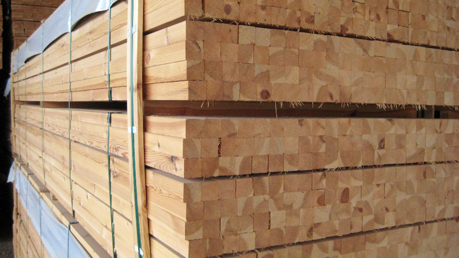 3-decking-components-nothern-europe-timber-production-lameko-impex