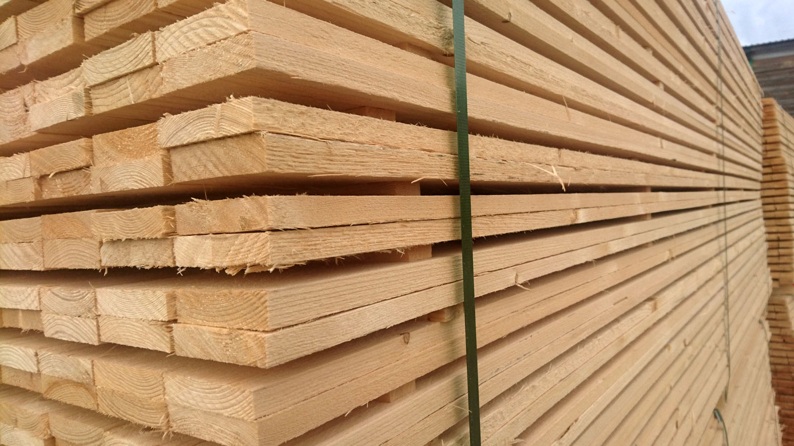 4-side-boards-nothern-europe-timber-production-lameko-impex